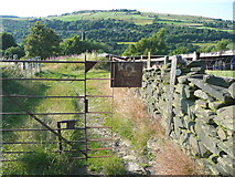 SE0914 : Strange gate on the Colne Valley Circular Walk by Humphrey Bolton