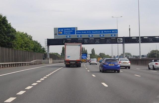 M25  Junction 13 ahead