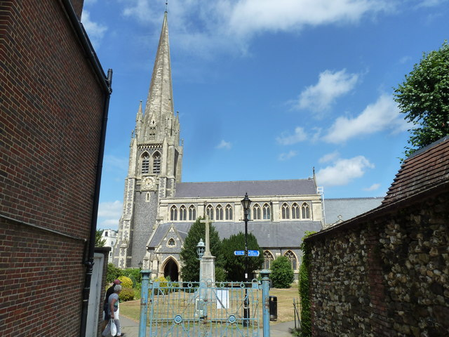 St Martin's (at the end of a path from the High Street)