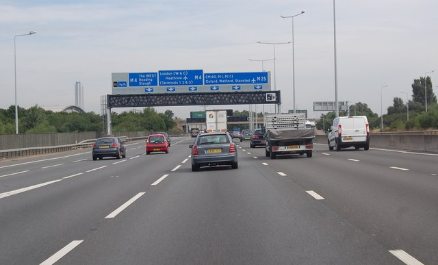 M25 two thirds of a mile to M4