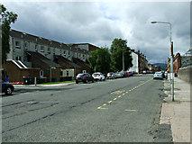 NS2982 : Princess Street East by Thomas Nugent