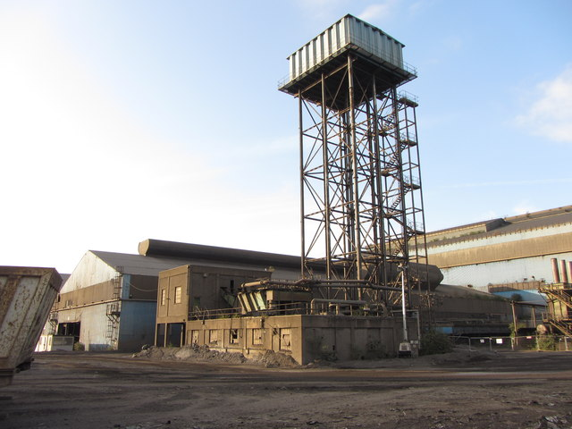 Water tower, Tremorfa steelworks by Gareth James