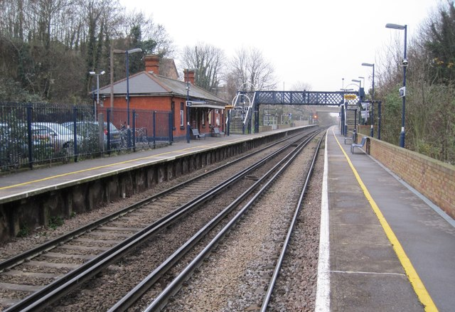 Higham railway station, Kent