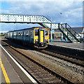 SN4400 : Pembroke Dock train in Burry Port by Jaggery
