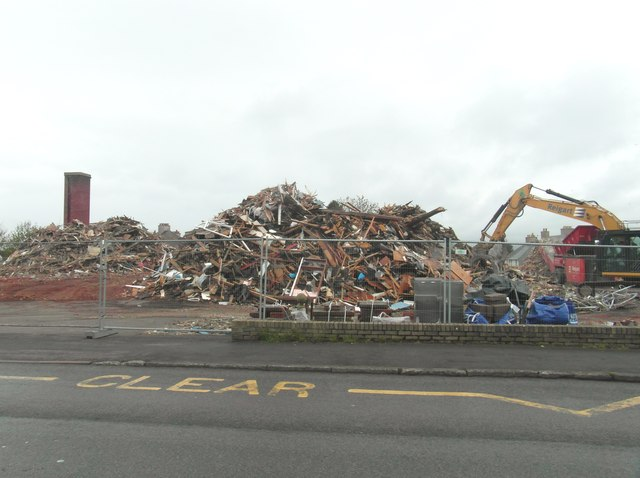 The demolition of the old Garrick hospital