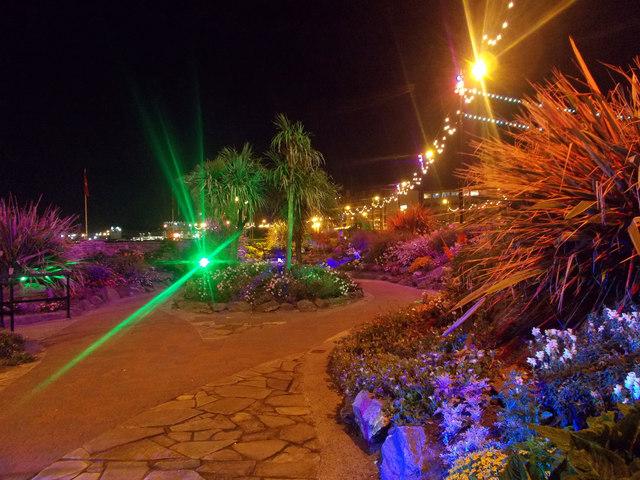 Sunken Gardens at night