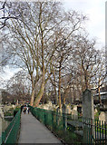 TQ3282 : Bunhill Fields Cemetery, City Road (1) by Stephen Richards