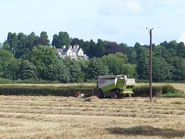Combine harvester at Over Dinsdale