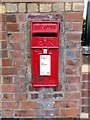 SJ3298 : ER11 Wall Post Box by Norman Caesar