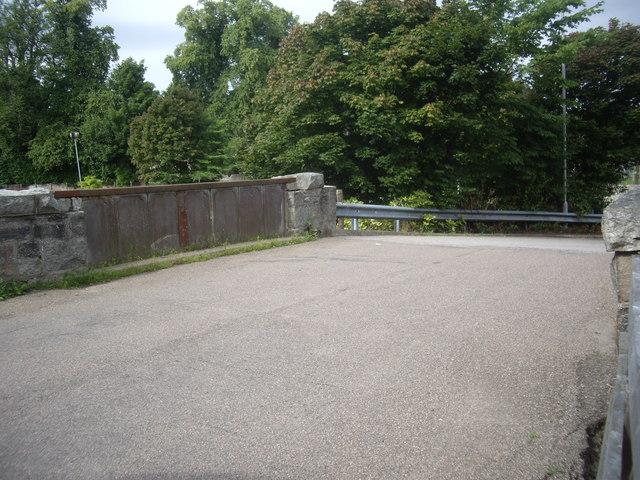 A minor road bridge over the railway