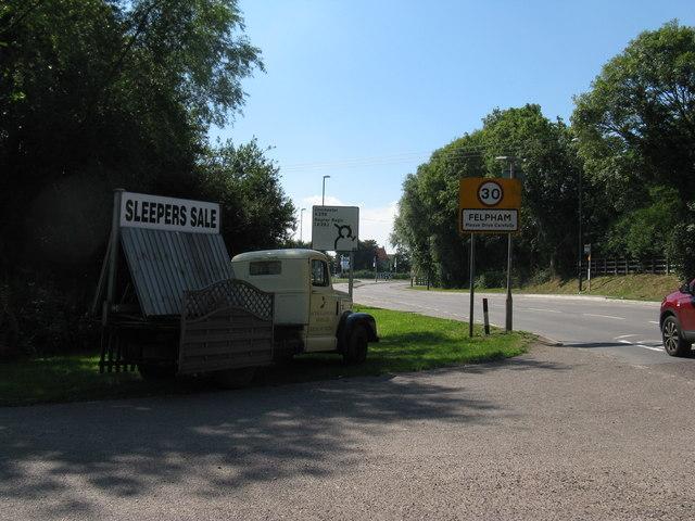 A259 entering Felpham