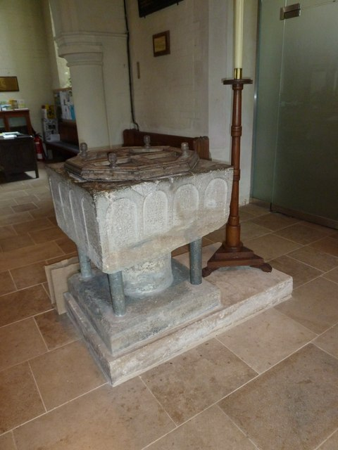 St Mary, Sixpenny Handley: font