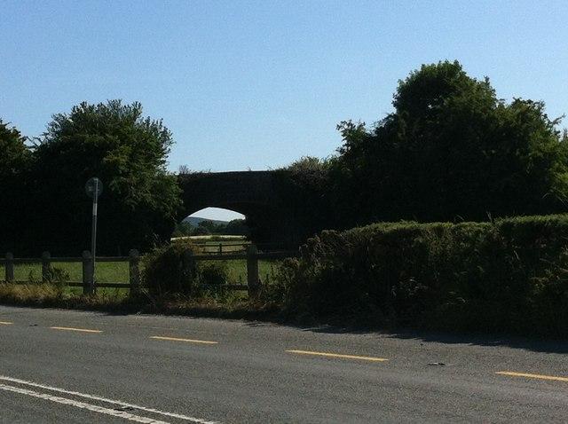 Stone bridge along the N77