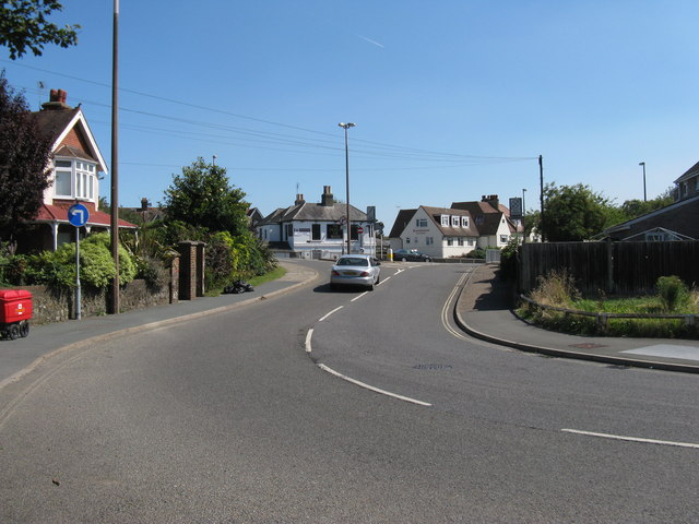 Upper Bognor Road joining the A259