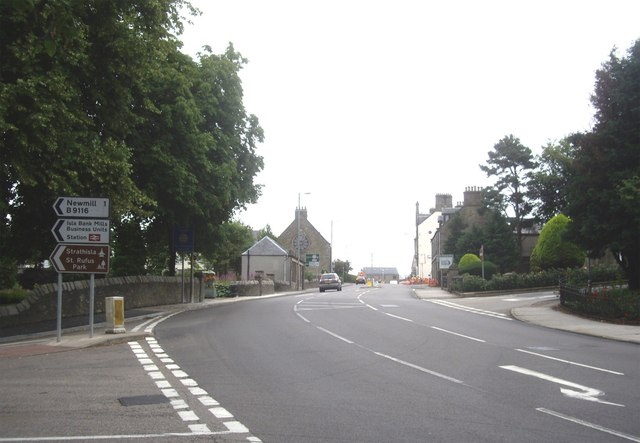 Junction of Seafield Avenue (B9116) and Church Road (A96)