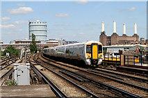 TQ2976 : Passing Wandsworth Road by Martin Addison