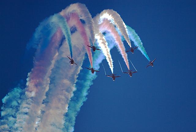 Bournemouth Air Festival 2013: RAF Red Arrows (4)