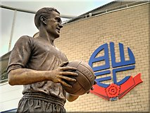 SD6409 : Nat Lofthouse Statue, Bolton Wanderers FC by David Dixon