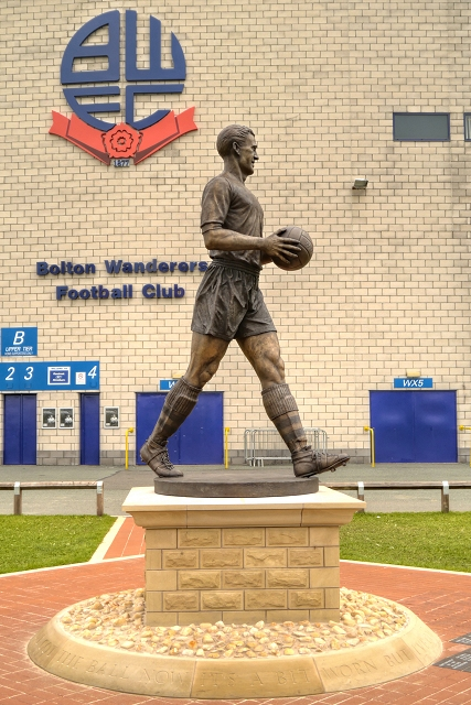 Nat Lofthouse Statue, The Reebok Stadium