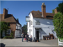 TR0653 : The White Horse at Chilham by Marathon