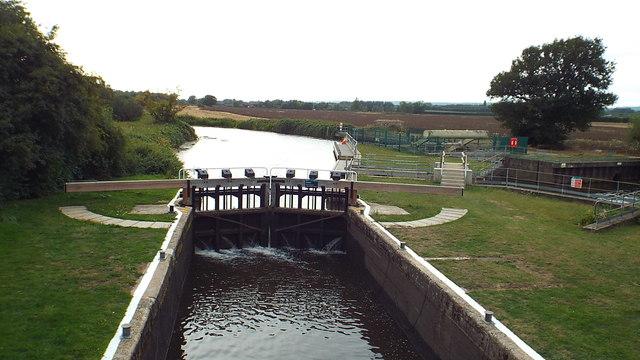East Lock, River Medway near Tonbridge