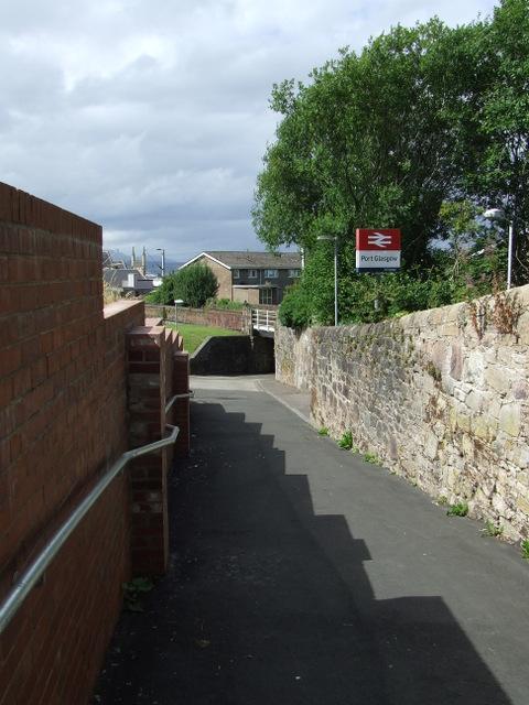 Footpath at Highholm Avenue