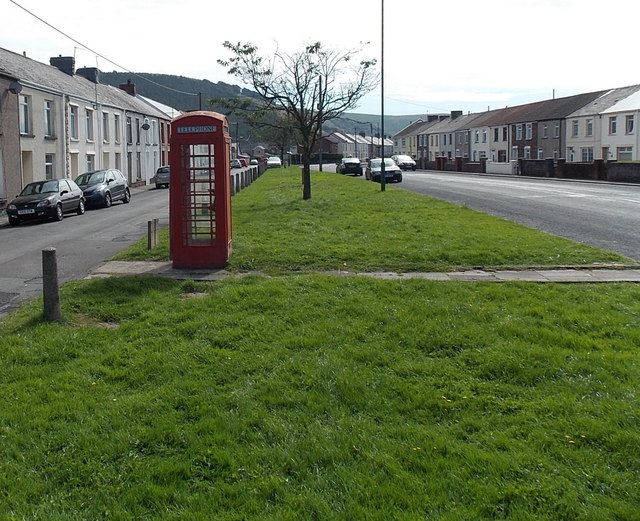 Red phonebox in Tredegar