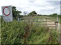 TL1483 : Bullock Road west of Sawtry by Richard Humphrey