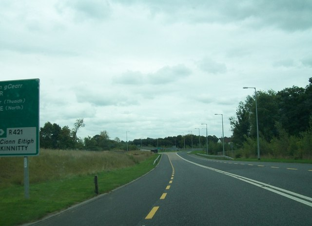 Approaching the Ballard Roundabout on the N52