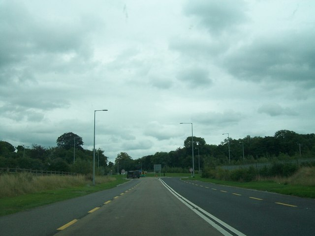 The N52 approaching the Charleville Roundabout