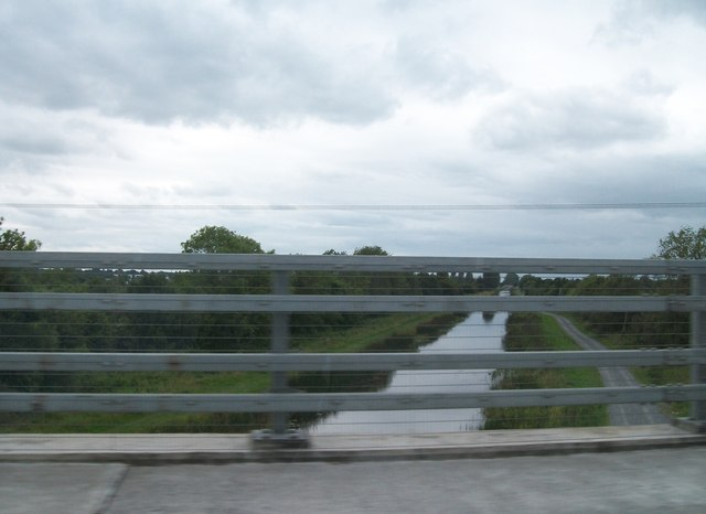 The Grand Canal from the Tullamore Bypass bridge