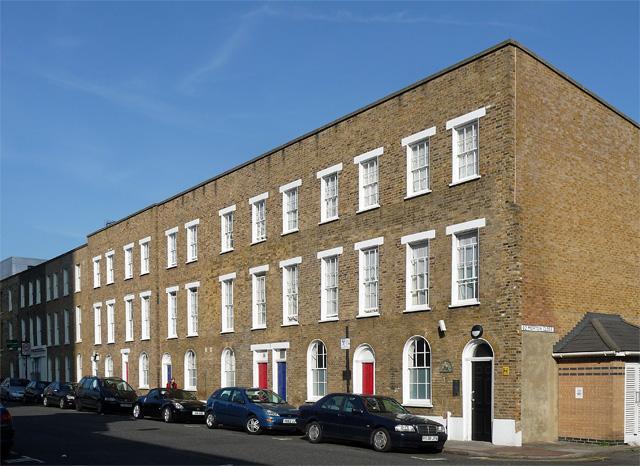 Swift House, Deancross Street