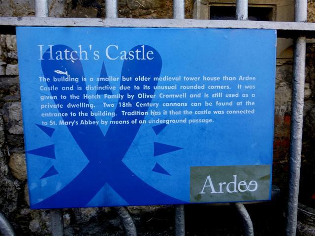 Information board, Hatch's Castle