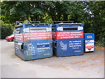 TL7205 : Recycling Bins on Buckleys by Adrian Cable