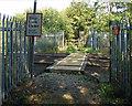 TQ0074 : Railway crossing point by Alan Hunt