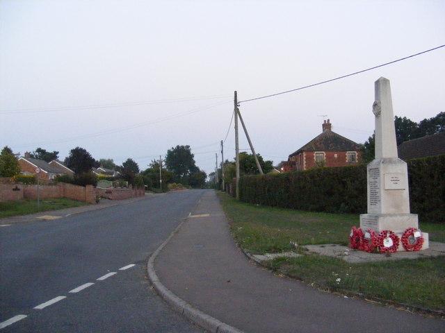 High Road & Bressingham War Memorial