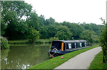SP6989 : Moored narrowboat south of Foxton Locks, Leicestershire by Roger  Kidd