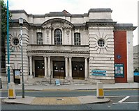 SJ8989 : Stockport Town Hall - Edward Street entrance by Gerald England