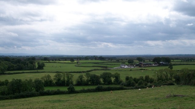 Farm house and buildings at Clonfinlough, Co Offaly