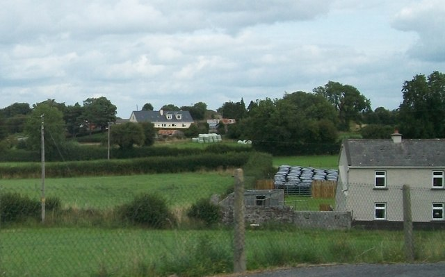 Farmhouse just south of the R444 at Clonfinlough