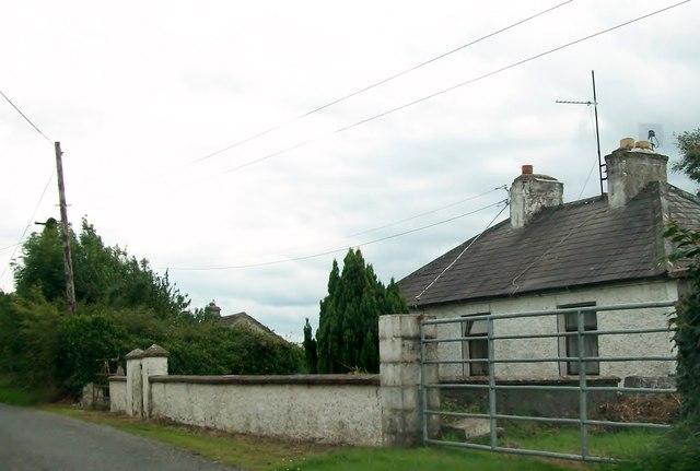 Roadside cottages at Clonfinlough