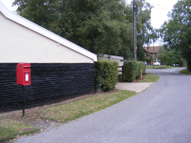 Hall Road & Mill Green Postbox