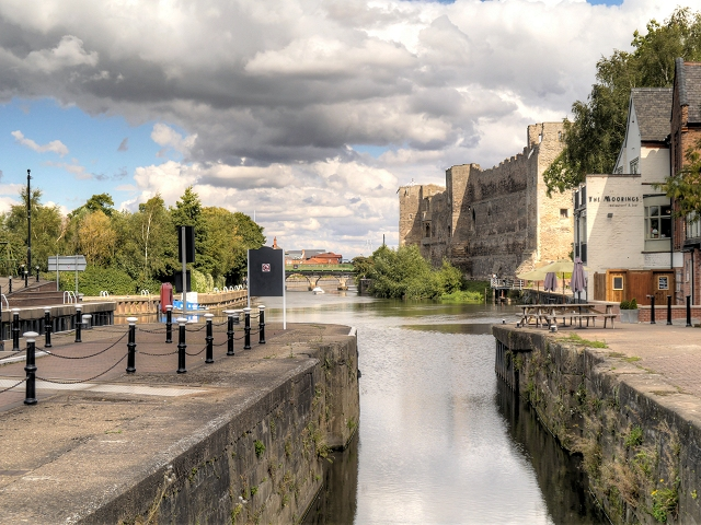 River Trent, Town Lock and Newark Castle
