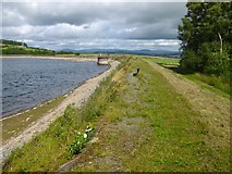 NS3778 : Carman Reservoir: embankment by Lairich Rig