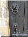 SE2740 : Reproduction knocker on the door of Adel Church by Oliver Dixon