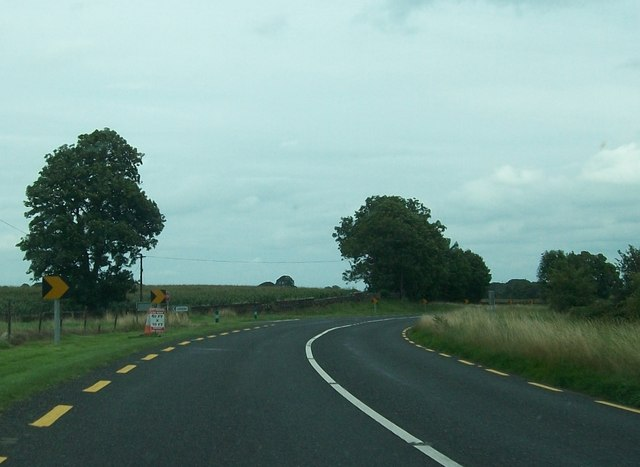 Minor junction on a bend on the N52 at Rodstown
