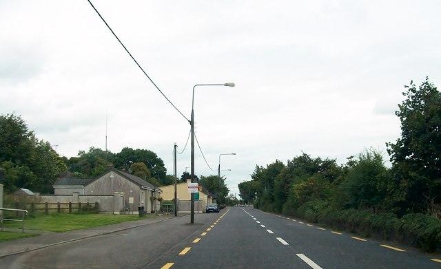 View north along the N52 (Delvin Road) at Clonmellon