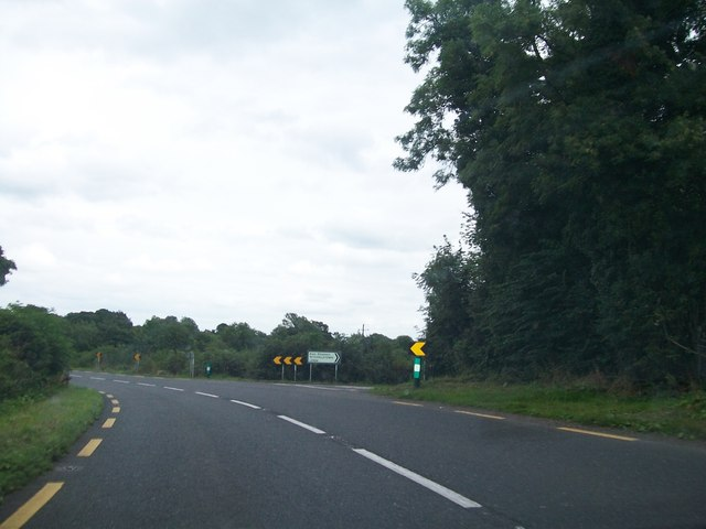 The L5524 (Mitchelstown Road) junction on the N52 at Robinstown Little