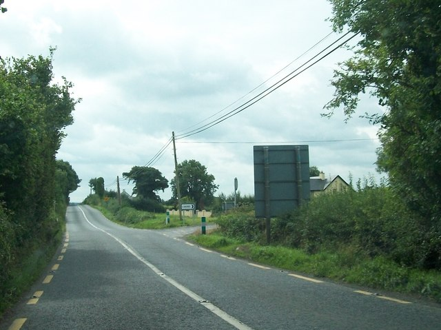 The junction with the L54092 on the N62 on the southern approach to Kilaarvan Bridge