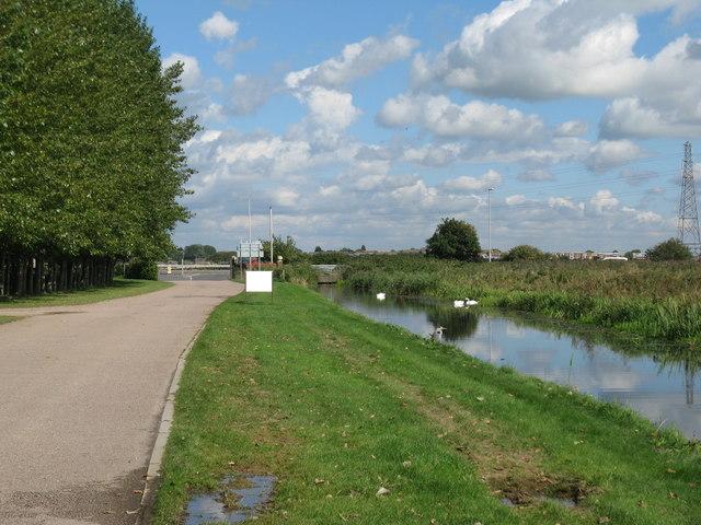Lottbridge Drain by access road to Eastbourne Park Golf Course